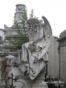 090425_cementerio_general_luis_figueroa