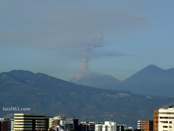 141110-volcan-de-fuego-luis-figueroa-carpe-diem