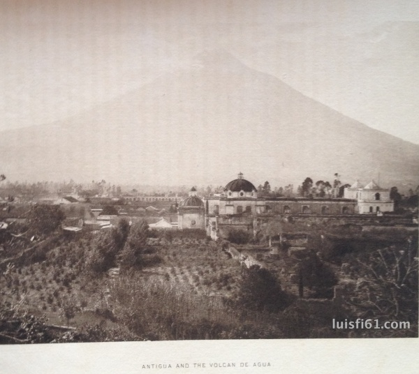 Antigua-and-the-volcan-de-agua-a-glimpse-at-guatemala-luis-figueroa-carpe-diem