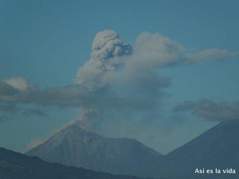 141228-volcan-fuego-raul-contreras