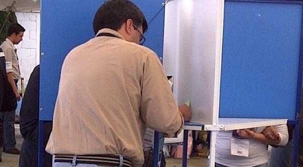 110911_luis_figueroa_elecciones