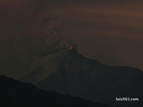 151129-volcan-de--fuego-luis-figueroa