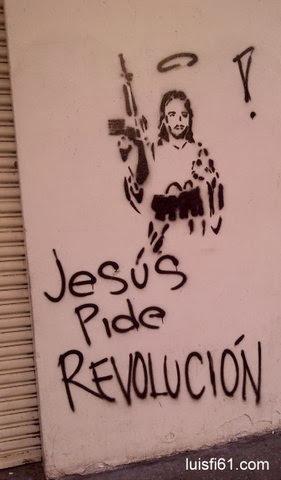 121031_jesus_revolucion_fusil