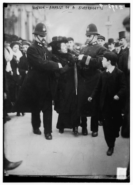 London_-_arrest_of_a_suffragette.tif