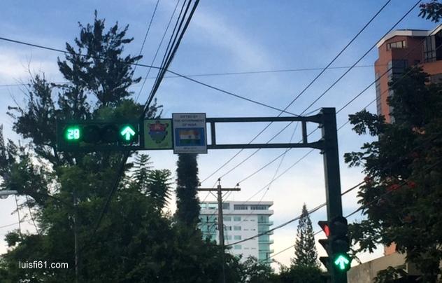 semaforo-india-luis-figueroa